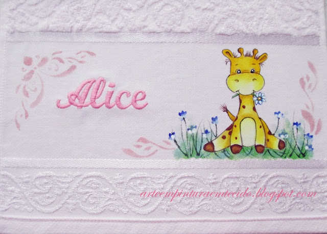pintura em tecido girafinha