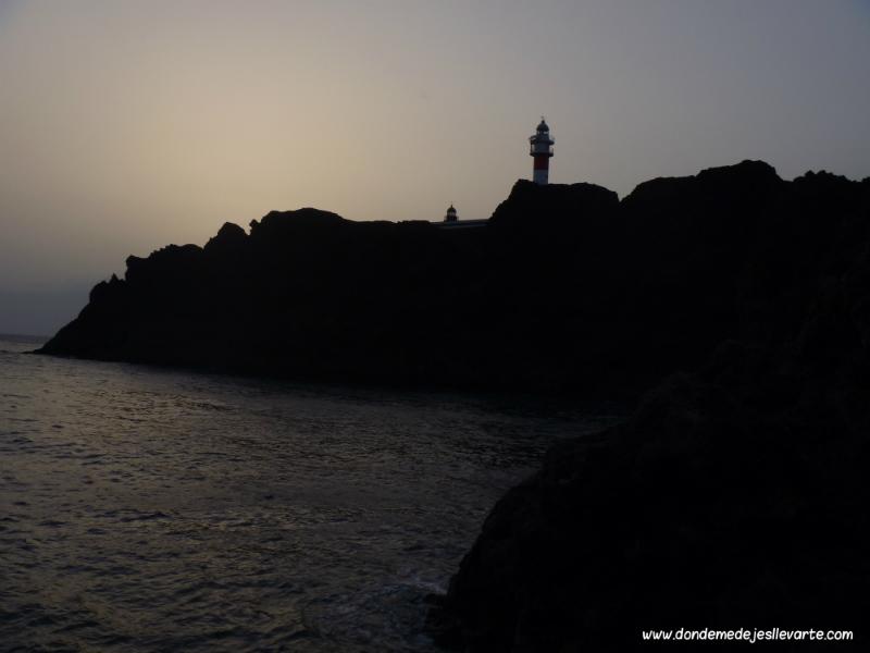 Atardecer en el Faro de Punta de Teno