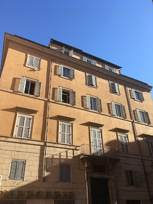 Piazza Paganica Palazzo Guidi