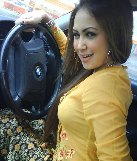 Malay awek cantik kongkek outdoor 4