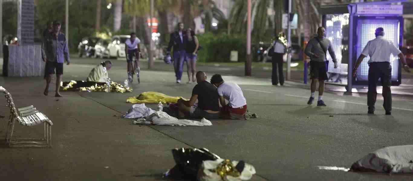 Γαλλία: Ανδρας οπλισμένος με ένα μαχαίρι και μία σούβλα ψησταριάς έσπειρε τον τρόμο