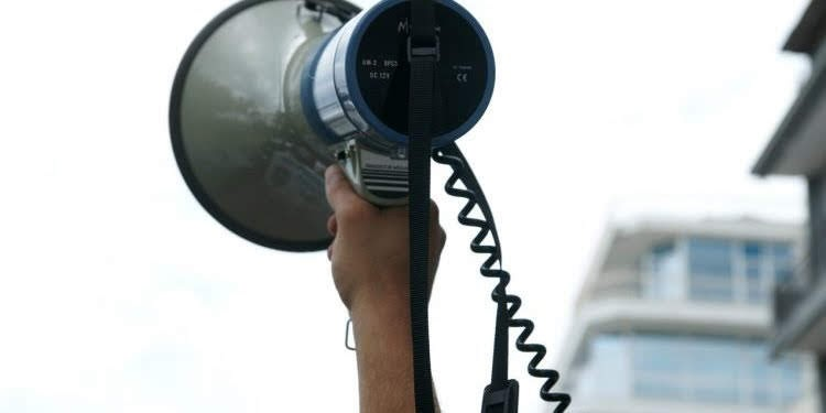 Χαιρετισμός Γ. Τσιούγκρα μέλους του ΔΣ του ΕΚΝΛ στο Συλλαλητήριο ενάντια στις Βάσεις