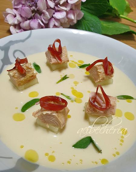 Melva canutera con ajo blanco y melón