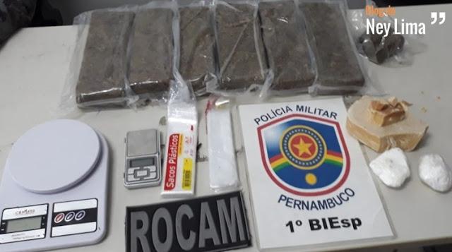INDIVÍDUO É DETIDO COM MAIS DE 5 QUILOS DE DROGAS EM SANTA CRUZ DO CAPIBARIBE