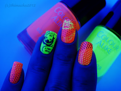moyou London, stamping, colour alike neon, in UV lights, スタンピングネイル