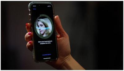 Cara Menambahkan Orang Kedua atau Face ID lainnya di iPhone atau iPad
