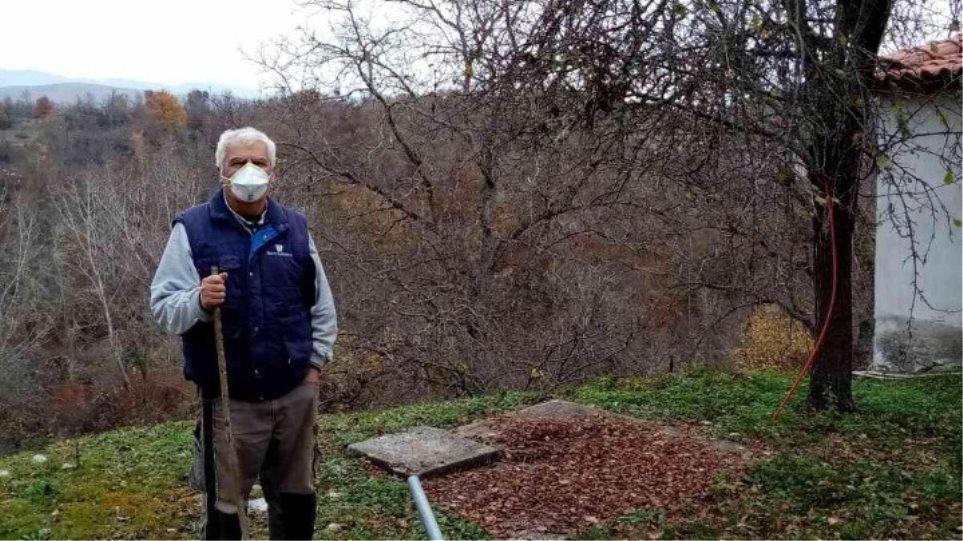 Δράμα: Οι μόλις 9 κάτοικοι ενός χωριού φορούν πάντα μάσκα και τηρούν τις αποστάσεις