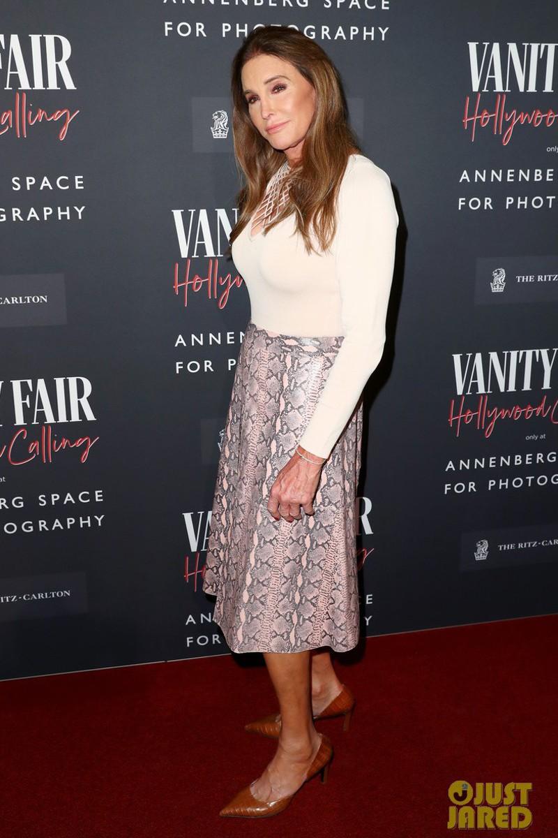 Looks da moda para mulheres com 50 anos ou mais