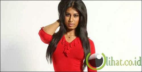 Amelia Maltepe (Bangladesh)
