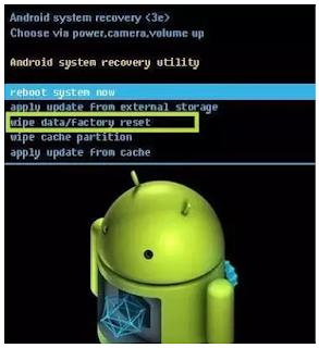 cara memperbaiki aplikasi yang keluar sendiri di android