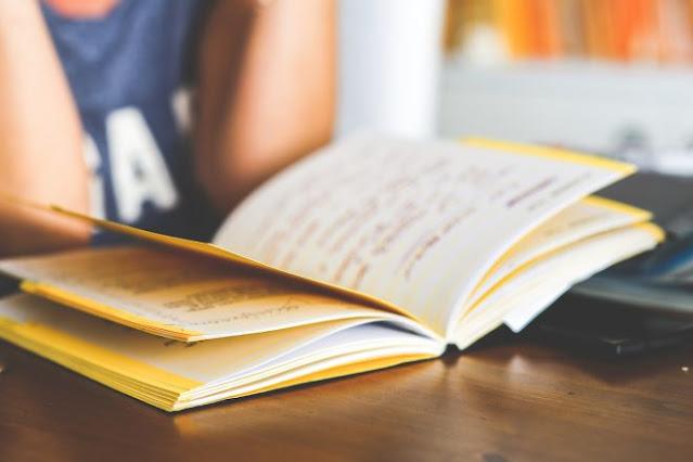 Baca ulang buku catatan rasa syukur dan harapan yang pernah ditulis