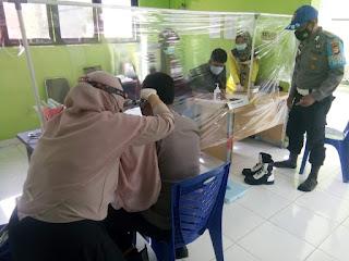 Cek Kesehatan Personel, Polsek Anggeraja Polres Enrekang Gandeng Tim Medis Puskesmas Kotu Gelar Rikkes Berkala