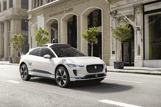 Os carros que poderão ser usados no projeto piloto são um Jaguar I-PACE, que é 100% elétrico, e um Chrysler Pacifica, que tem motorização híbrida (uma combinação de motor elétrico e motor a combustão)