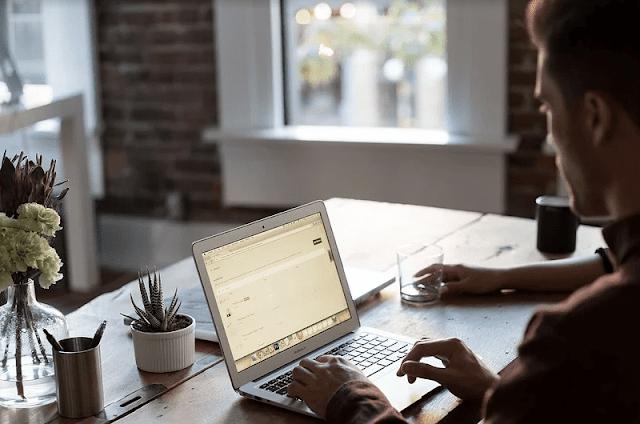 bisnis modal laptop