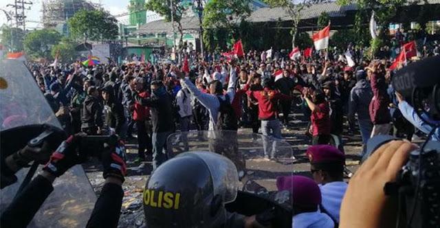 Tuntutan Belum Direspons Presiden, Aksi Surabaya Menggugat Kembal Digelar
