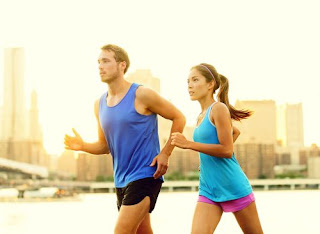 couple running working out