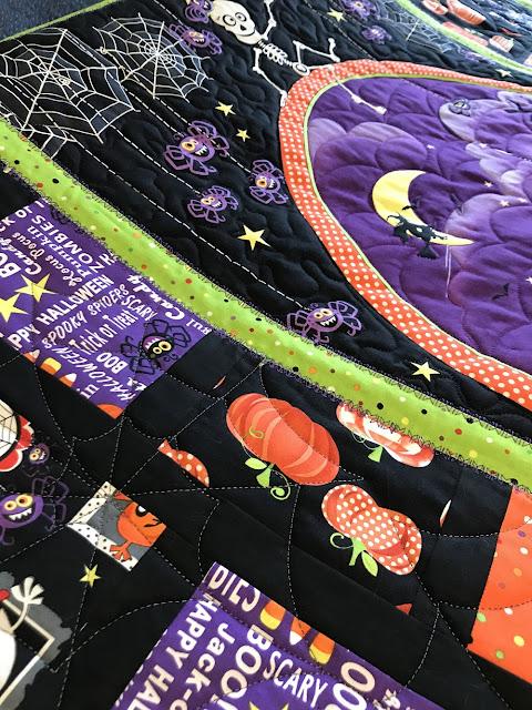 Helen's Halloween panel quilt