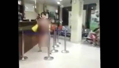 Sosok Wanita Cantik Telanjang Ini Hebohkan Jakarta