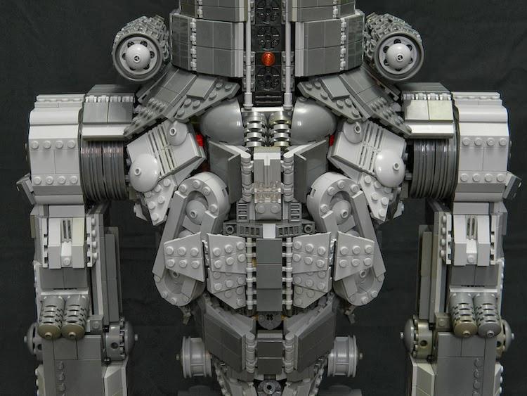 Kaiju Battle: Lego 3-Foot Tall Pacific Rim Jaeger Cherno Alpha Pacific Rim Jaeger Russia