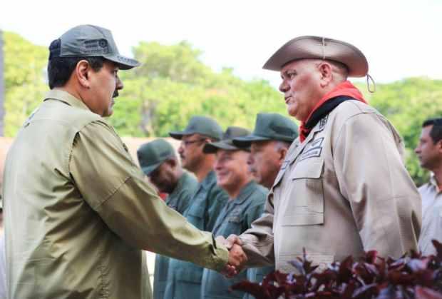 Maduro nombra al comandante general de las milicias nuevo ministro de Alimentación