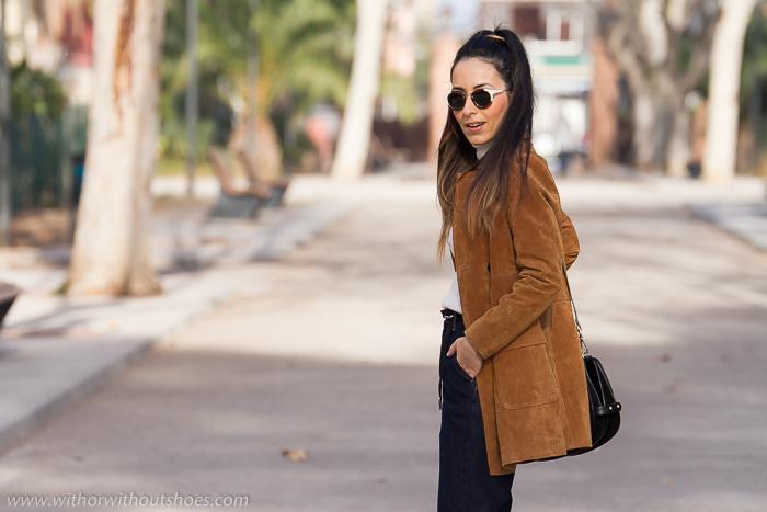 Blogger de moda de Valencia con las tendencias de moda pantalones culotes y prendas de ante