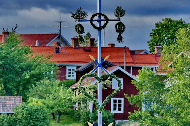 Maistang, Schweden, Schwedenhäuser, romantisch, rot, Midsommar