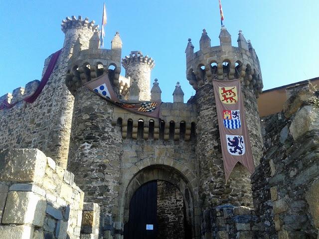 Castillo Templario de Ponferrada, puerta de entrada