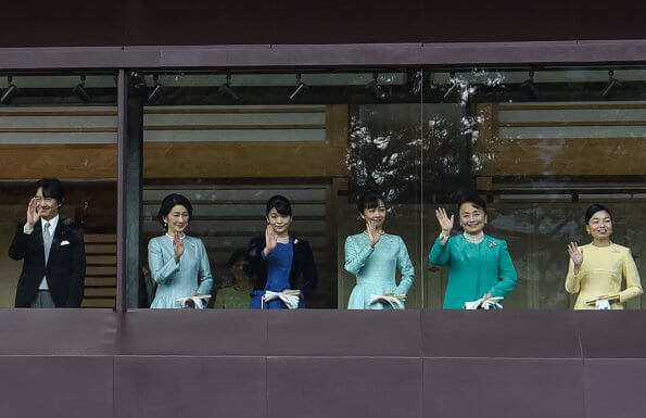 Emperor Naruhito, his wife Empress Masako, Crown Princess Kiko, Princess Mako, Princess Kako, Emeritus Akihito and Empress Emerita Michiko