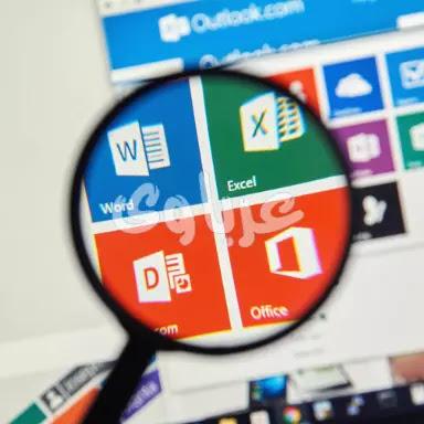 هل ويندوز10يتضمن برنامجى Word و Excel