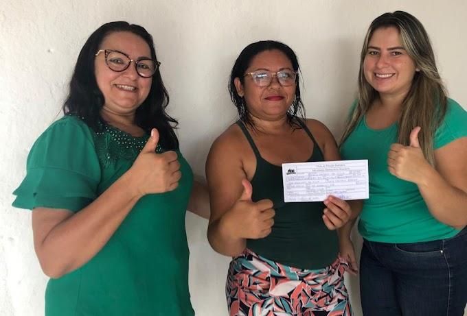 Rochely Caetano filia-se ao MDB e confirma pré-candidatura a vereadora