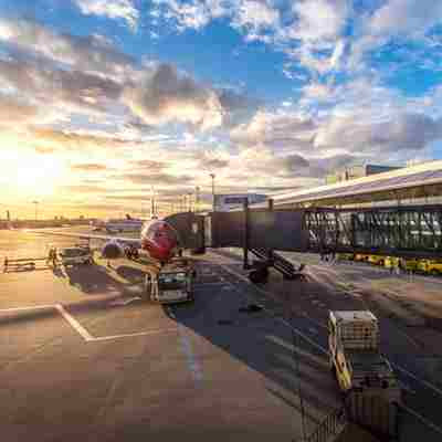 Online Airport Guides Destination of Air Route Information