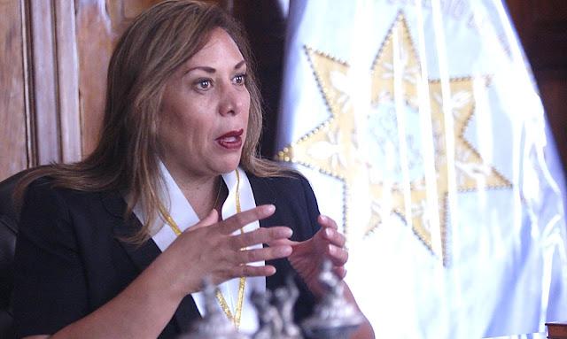 Decana del CAL, María Elena Portocarrero