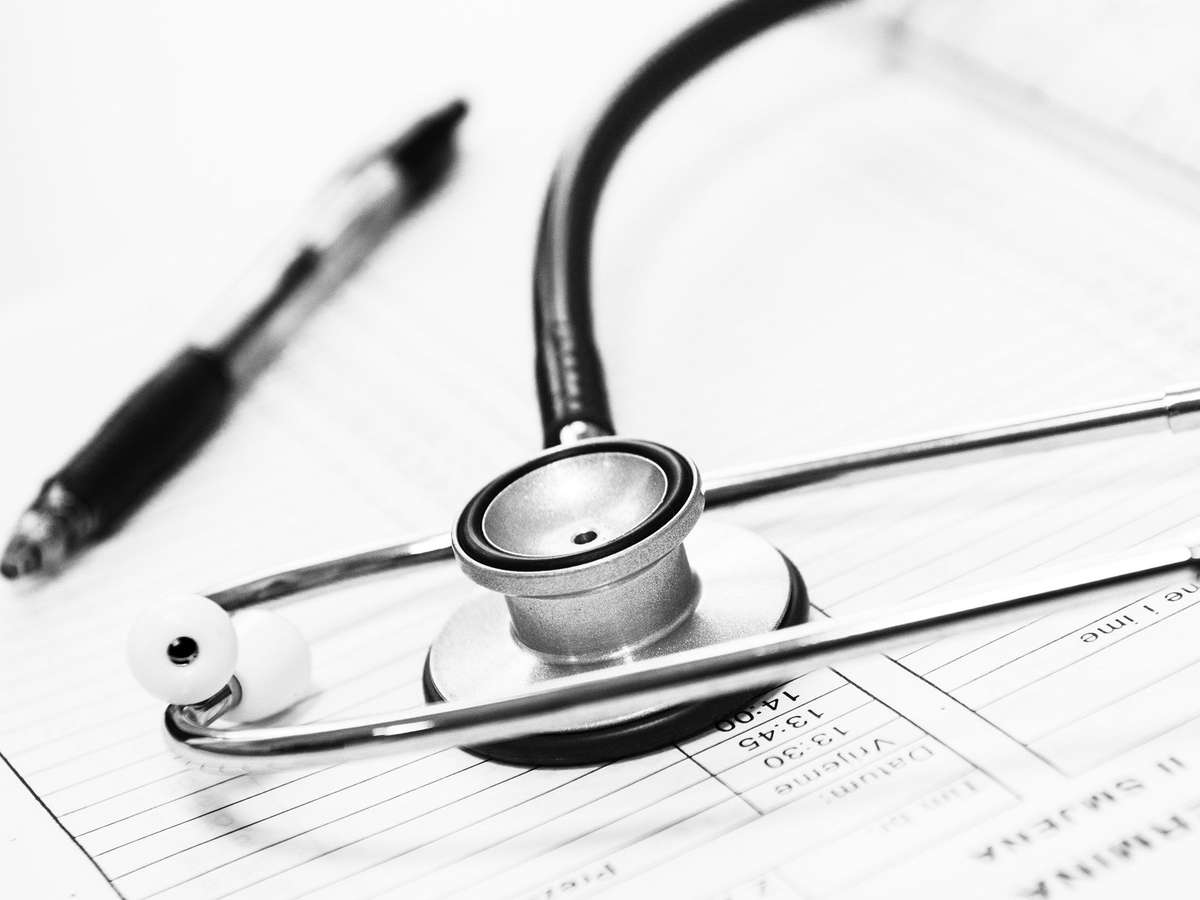 Страховые гарантии медицинским работникам по Указу Президента от 06.05.2020 года