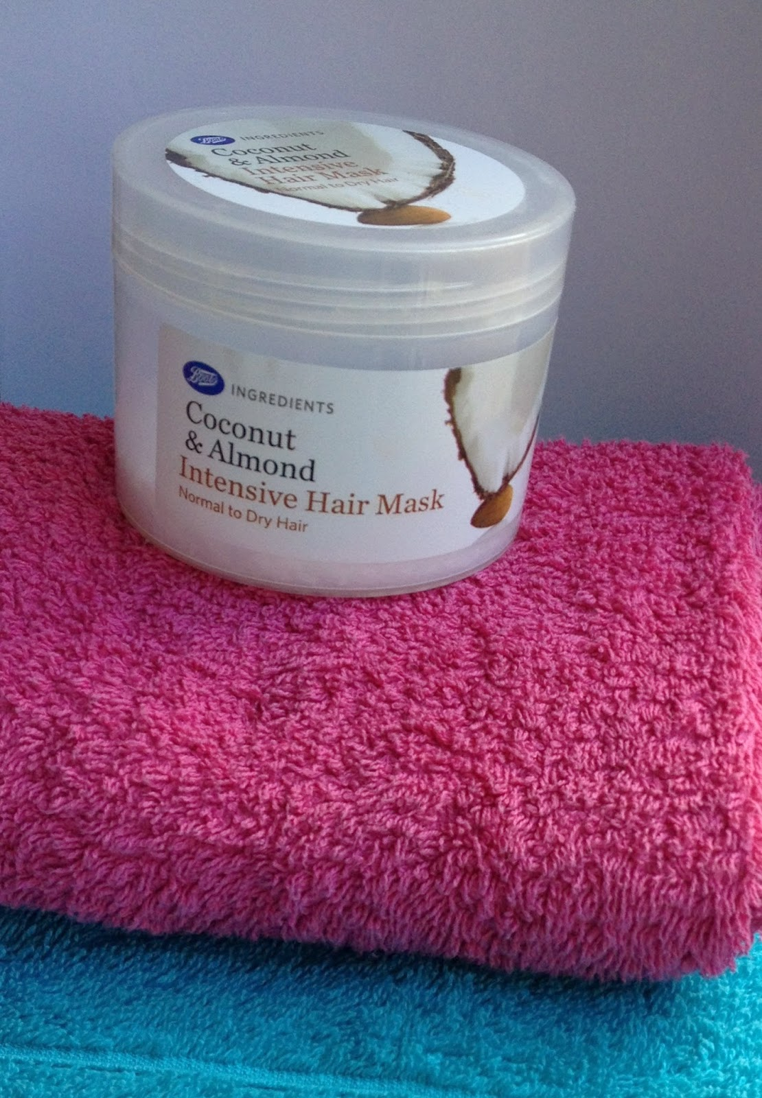 boots-coconut-and-almond-intensive-hair-mask-review