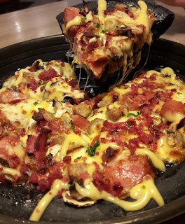 Harga Black Pizza Hut Meat Monsta