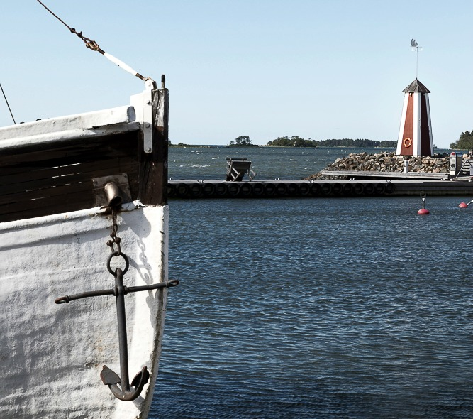 Luvia, suomi, maisema, valokuvaus, photoshoot, valokuvaaja, Frida Steiner, meri, finland, scenery, behind the scenes, Laitakari, vene, boat, sea