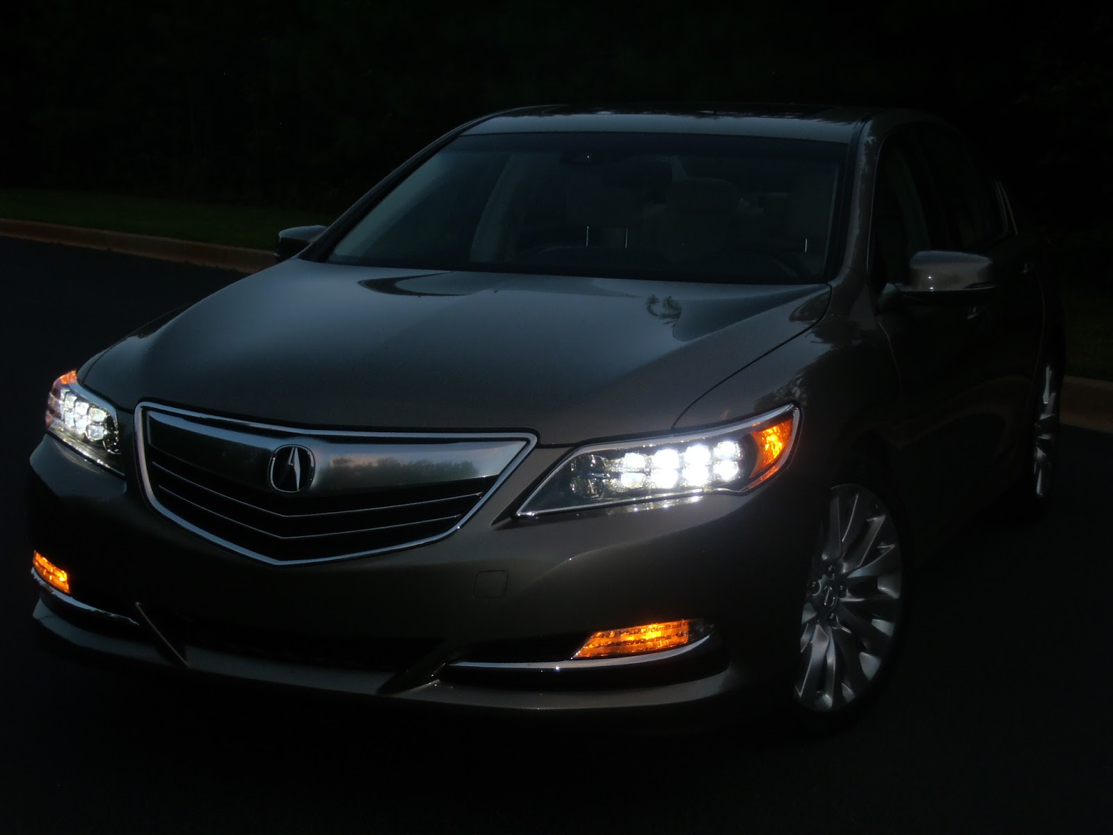 auto industry connection 2014 acura rlx with a tech package the brand. Black Bedroom Furniture Sets. Home Design Ideas