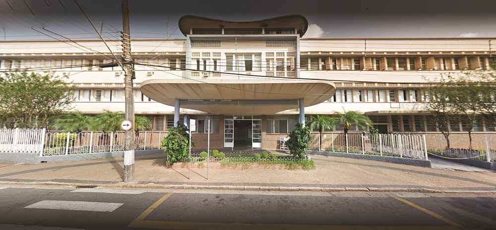 Médicos da Santa Casa de São João da Boa Vista paralisaram o atendimento nesta sexta