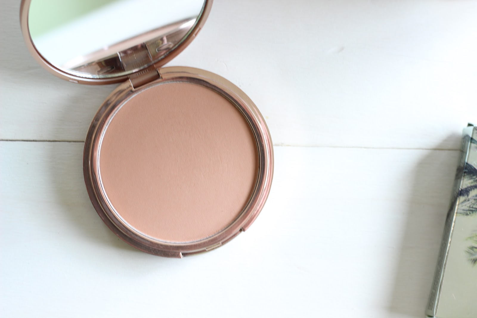 Urban Decay Beached Bronzer in Sunkissed