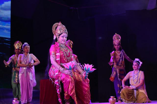 Hema Malini Performing At Festival