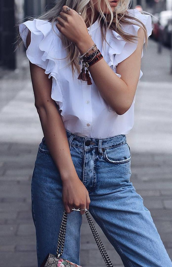 cool summer outfit / white ruffle blouse + bag + jeans