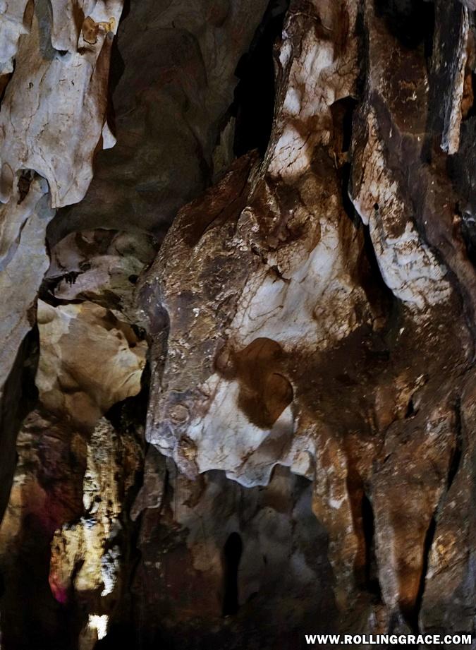 gua kelam hiking
