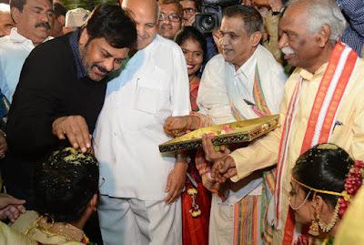 Chiranjeevi-in-Vijaylakshmi-wedding