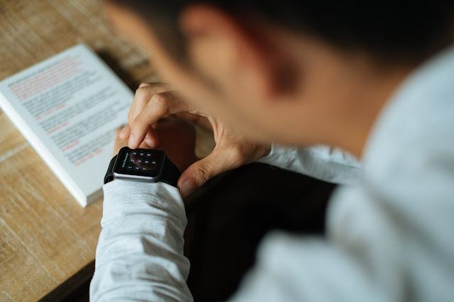 Fitur Xiaomi Mi Watch, yang Bugar dan Mengagumkan