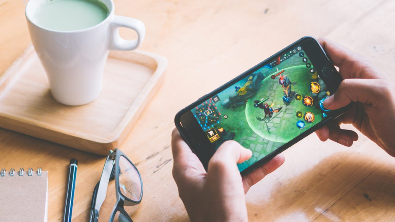 Rekomendasi HP Anti Lag Buat Main Mobile Legends