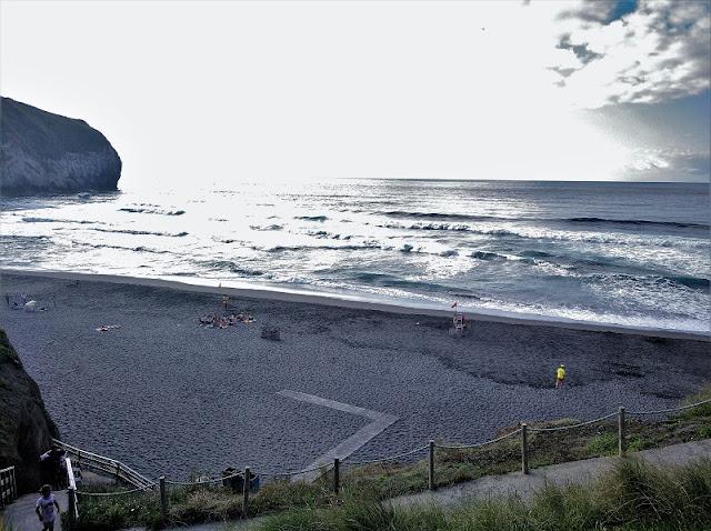 Atardecer en la Praia de Santa Barbara en Sao Miguel (Açores)