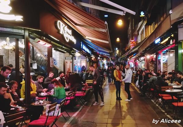 Kadikoy-Istanbul-nightlife