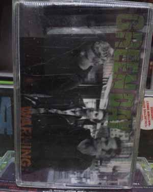 Kaset Green Day - Warning