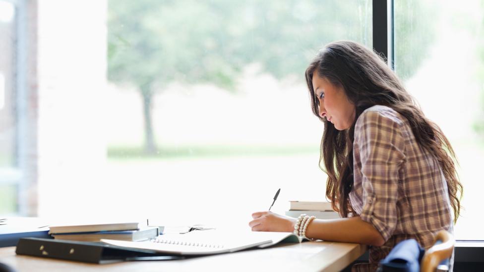 Gaji Pekerjaan Lulusan Sastra Inggris