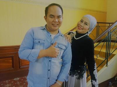 Artis Penyanyi Dewi Yull
